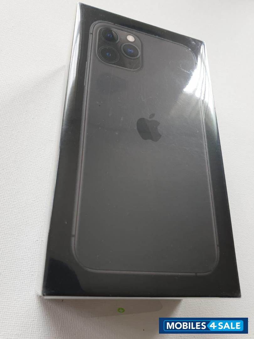 Space Gray Apple iPhone